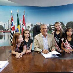 Prefeito Edinho Araújo-cidade-S. José do Rio Preto- candidatas- Gabriele Hilário, Sara Cherubini, Karielly Ayumi e Lavínia Tobimatsu.